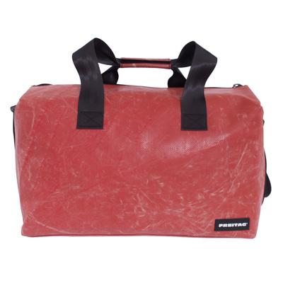 Sport-/ Reisetasche Clark aus recycelter LKW-Plane von Freitag®