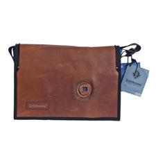 Messengertasche Flick Flack aus recyceltem Sportgeräteleder und Turnmatte von Zirkeltraining™