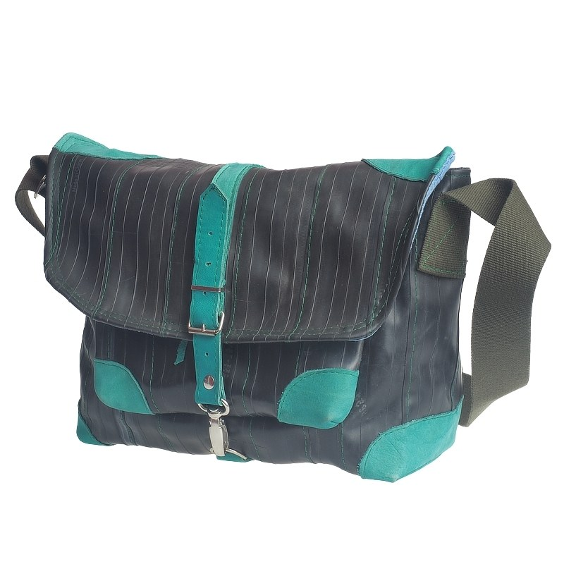 Tasche aus recyceltem Fahrradschlauch und Leder