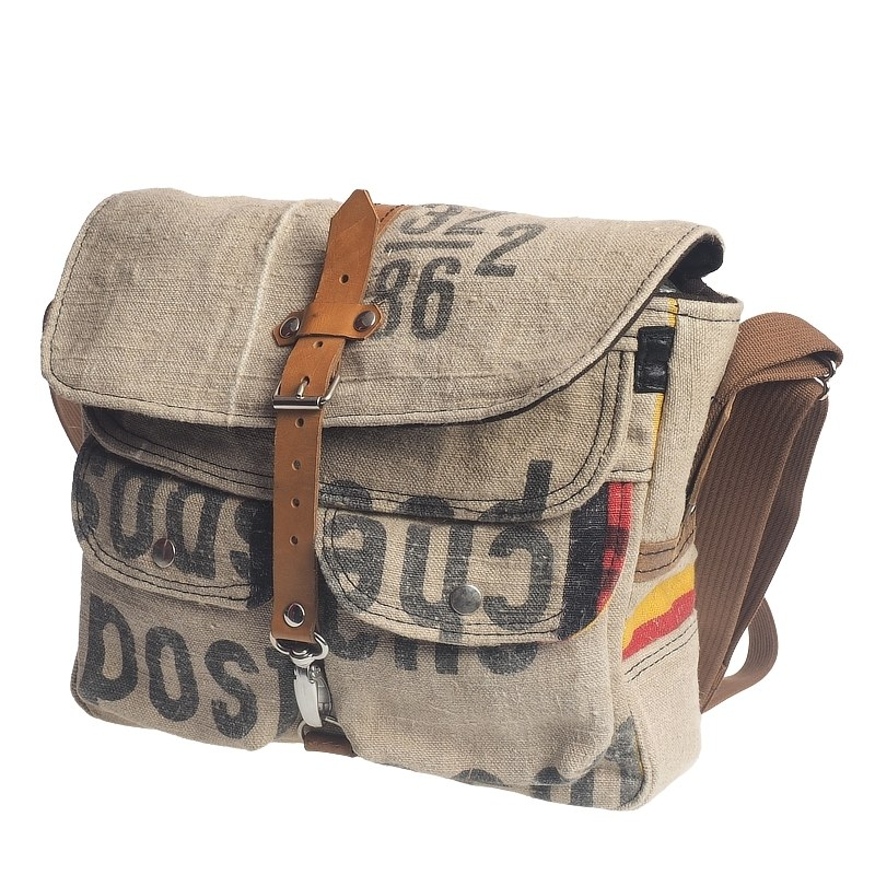 Tasche aus recyceltem Postsack