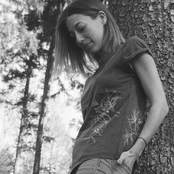 Life Tree T-Shirt mit Olivenbaummotiv