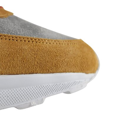 Larch Beige Suede
